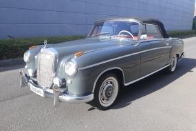 Mercedes 220 S